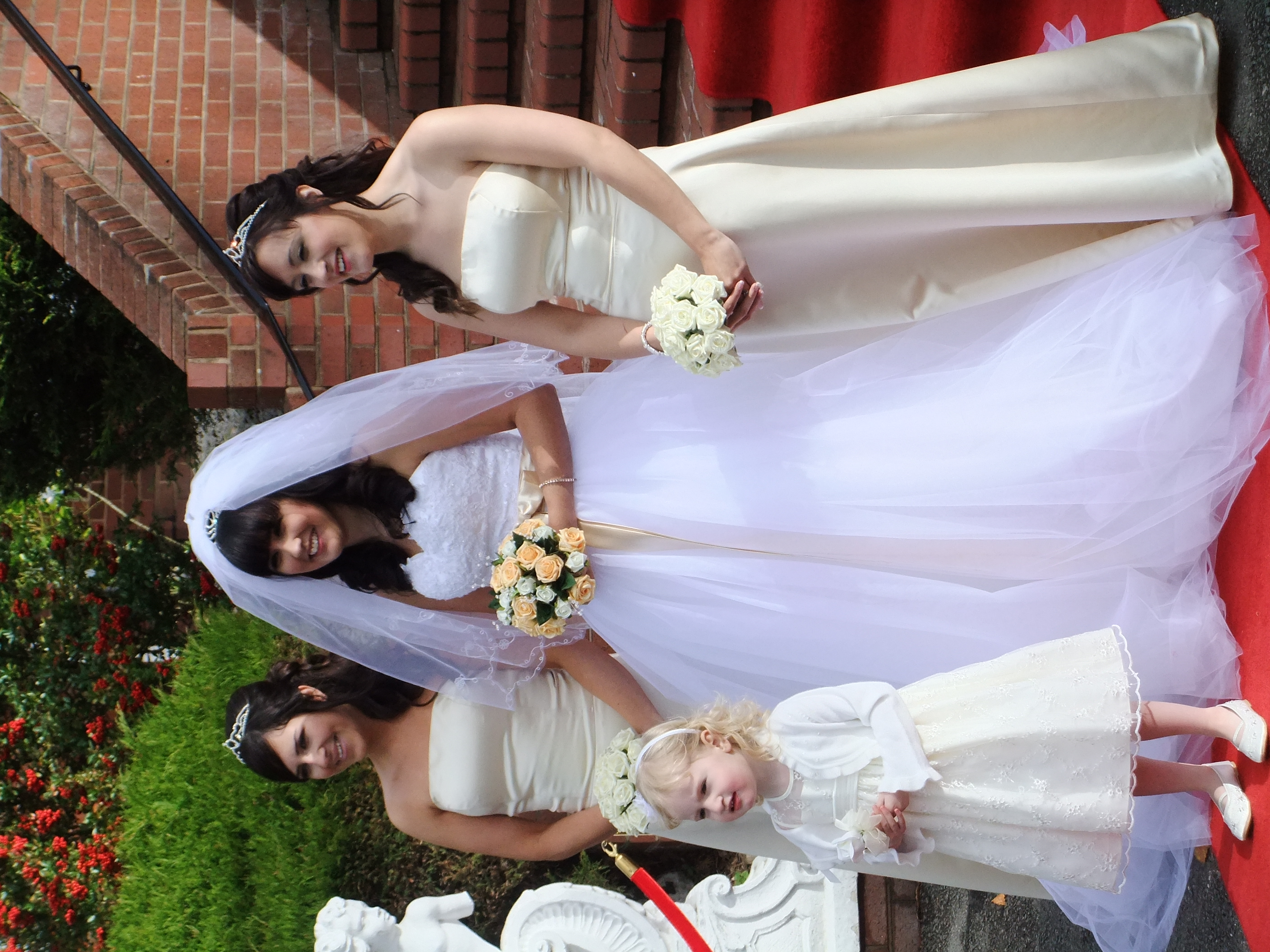 How to choose bridesmaids dress full guide weddings spirit how to choose bridesmaids dress full guide5 ombrellifo Gallery